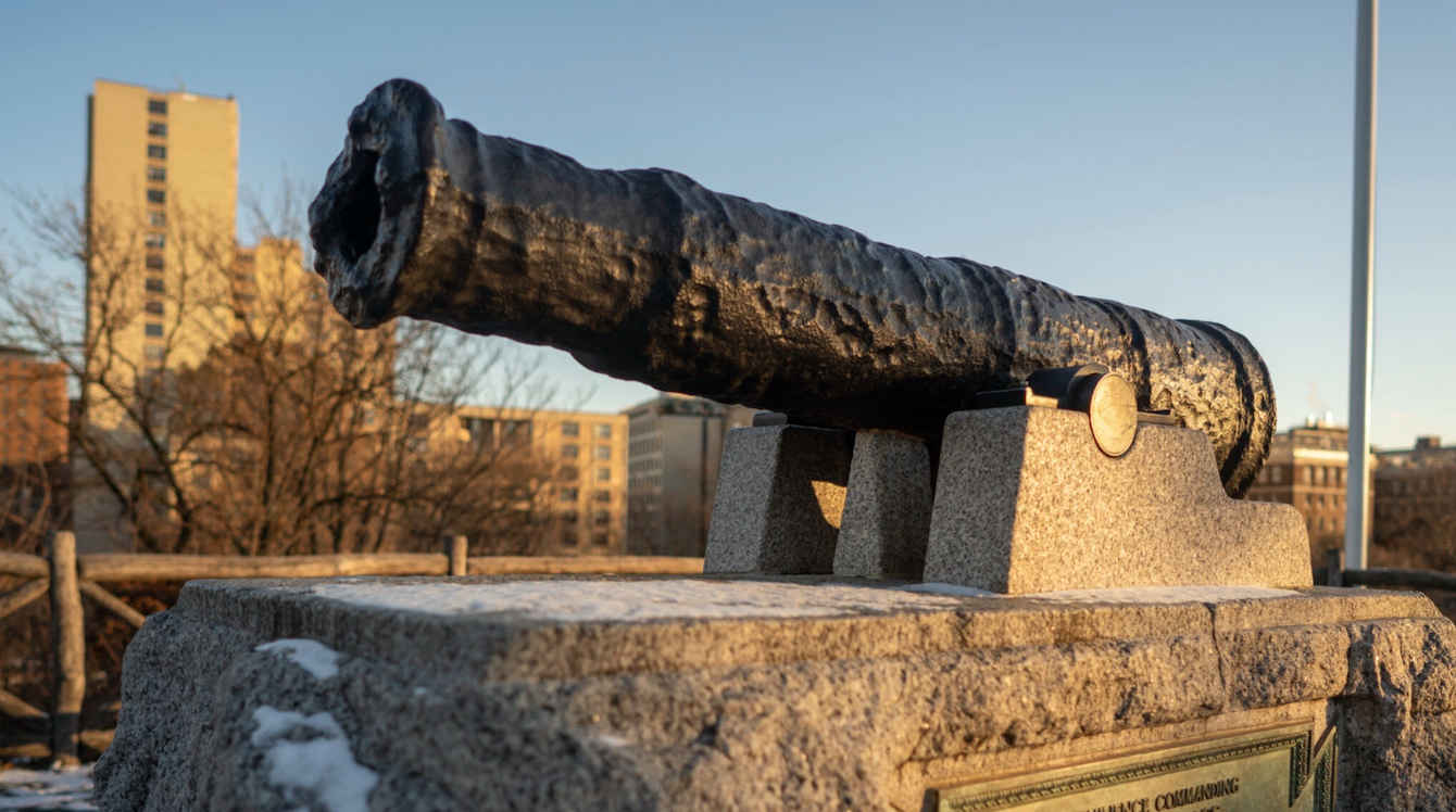 Cannon at Fort Clinton